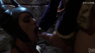 Sleeping Beauty XXX - An Axel Braun Parody (睡美人)