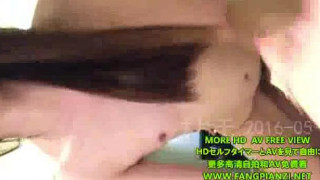 继续分享我的锥子脸前女友面对镜头羞涩被操
