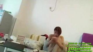 最近很火的嫖妓达人王老吉酒店约炮陕西学生妹晴晴 搞了人家快两小时