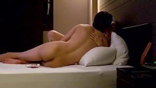 情侶旅館內忘情自拍