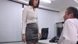 日本語教師が老人を満足させる - もっとElitejavhd.comで