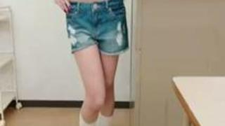 田中瞳 黒髪ツインテール規格外の超乳