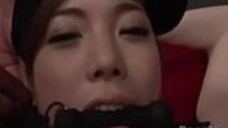 セクシーな縛られた奴隷の恋人佐々木恵美