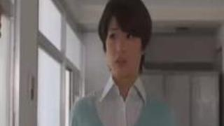 「先生フェラチオしてよ!」生徒に弱みを握られて犯される美人教育実習生 川上奈々美