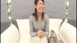 『えっ!?何!?ヤダぁ♡おっきい…』インタビュー中にデカチンで即ハメされ快感パニックになる女子大生