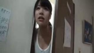【MM号】「ぁっ!中だめっ!ぁあ!」敏感名器の現役女子大生が触られただけでマン汁垂れ流しパコwwwww