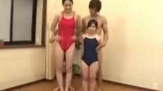 【フェチ】高低差47cm!長身美女×チビ男、小さな女子×長身男優というマニアックな作品♪【PornHub】