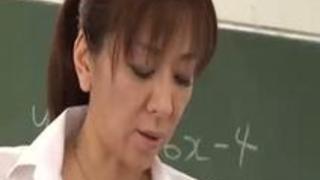 人妻女教師 魅惑の授業 五十嵐紀子 - 無料セックスアダルトビデオ.mp4