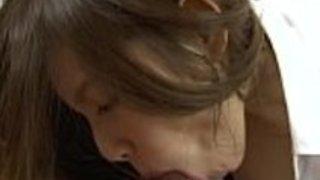 彼女の濡れた猫を素敵なキノコの頭で犯させるHD +