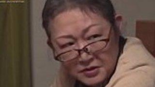 法律の日本の家族 - 法律の娘は義理のお父さんに愛さ(非常に良いです)