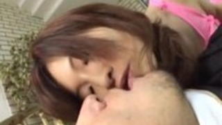 仮名島田は彼女の非常にタイトな膣と驚かせます