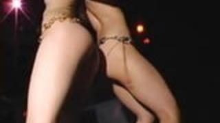 2セクシーな毛深い日本のゴゴ女の子ヌードダンスストリップ+ bts