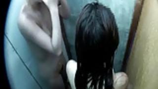 シャワールーム内部の秘密カメラ