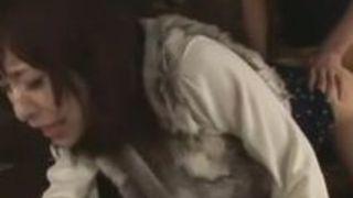 【かすみ果穂露出】ドMスケベなお姉様の、かすみ果穂の露出ぶっかけ顔射調教プレイがエロい。