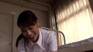 パンティストッキングで日本の看護師が仕事中に破壊 - もっとElitejavhd.comで