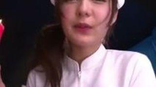 【ギャルコスプレ】小悪魔でエロい巨乳のギャル看護婦の、コスプレ手ヌキプレイ動画!!
