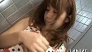 セクシーなおばあちゃん日本人の妻肛門性交場面夫婦と家で