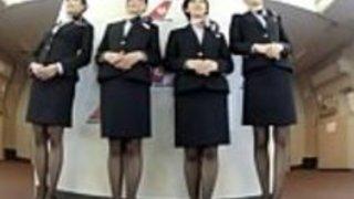 そのような完全な裸のセックスサービスを提供している日本の航空会社は誰も知りません - Pt2 On HdMilfCam.com