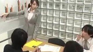 【蓮実クレア】毎日怒鳴られる女上司を拘束し、玩具責めの最上の仕返し