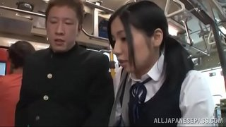 みなみ愛梨 痴漢プレイ1 720x404