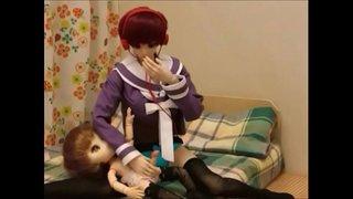人形がイク。人形監禁。hentai doll.Vidéo de l'activité sexuelle par poupée Du Japon