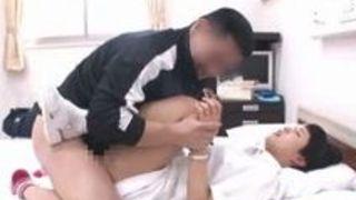 向井藍 病室で患者たちに中出しされまくるショートヘアナース